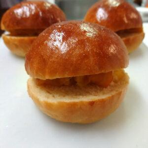 オレンジピールを入れた丸パン